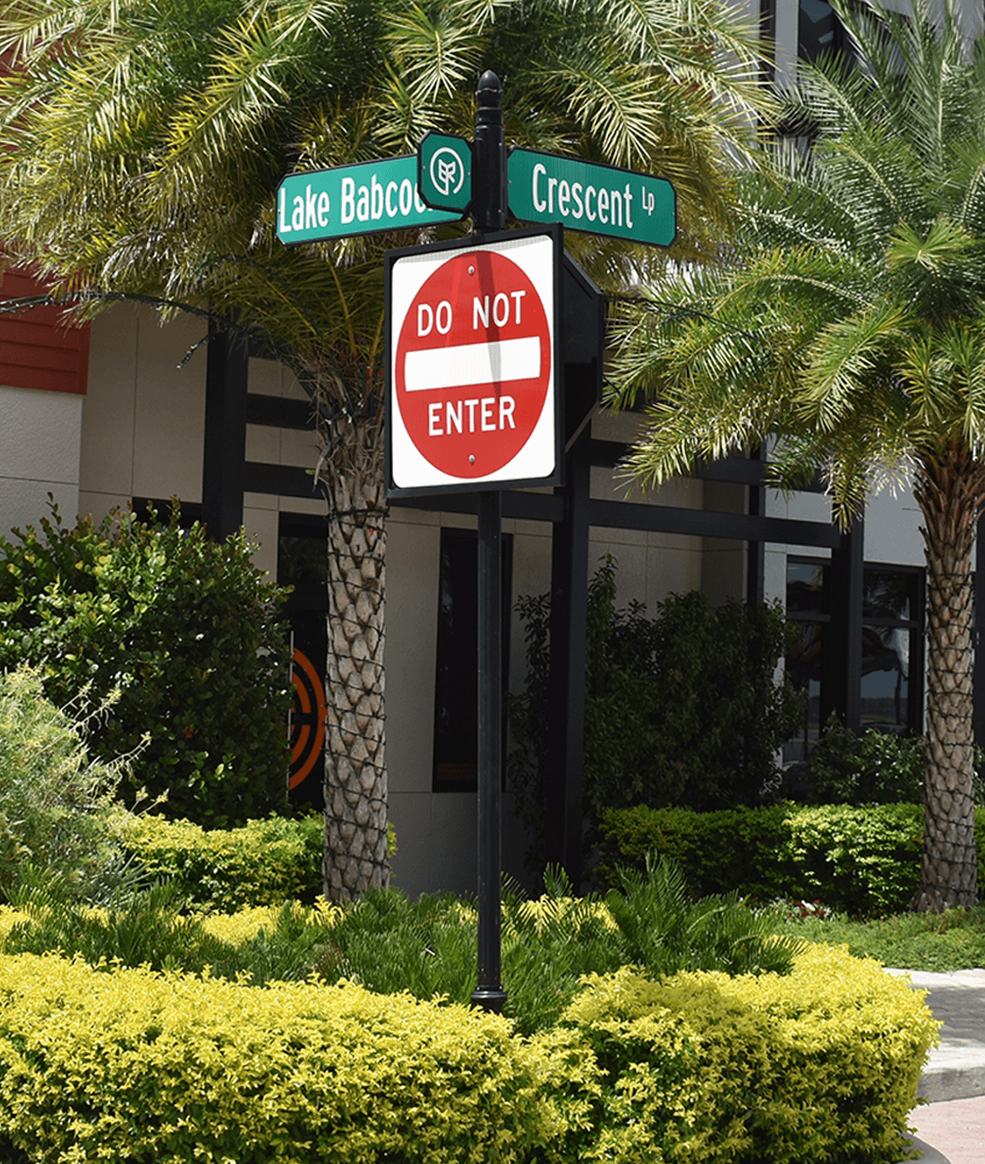 Historic Collection Do Not Enter R5-1 and Chamfered Street Signs