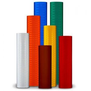 """18"""" Roll of 3M™ High Intensity Prismatic Sheeting Series 3930 Main View"""