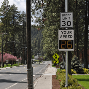 """18"""" Radar Driver Feedback IQ1800 Sign Installed"""
