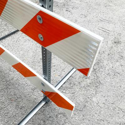 10' Type III Barricade side angle